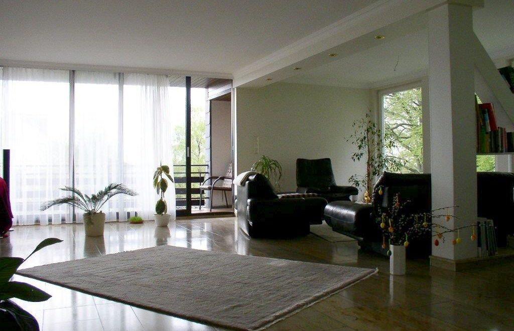 top wohnung mit 140qm wohnfl che dkh immobilienverwaltung. Black Bedroom Furniture Sets. Home Design Ideas